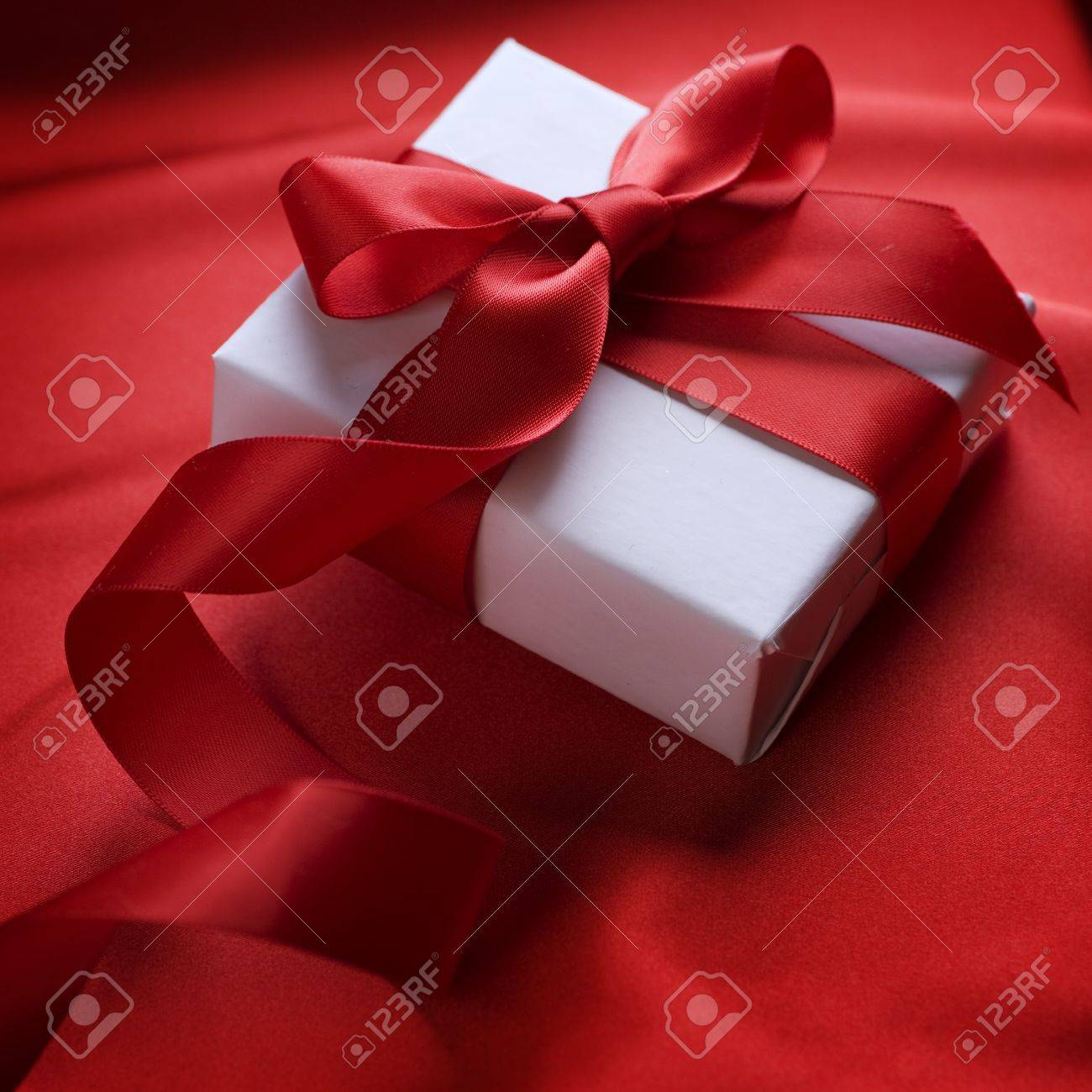 Valentine's Day Gift Stock Photo - 8720876