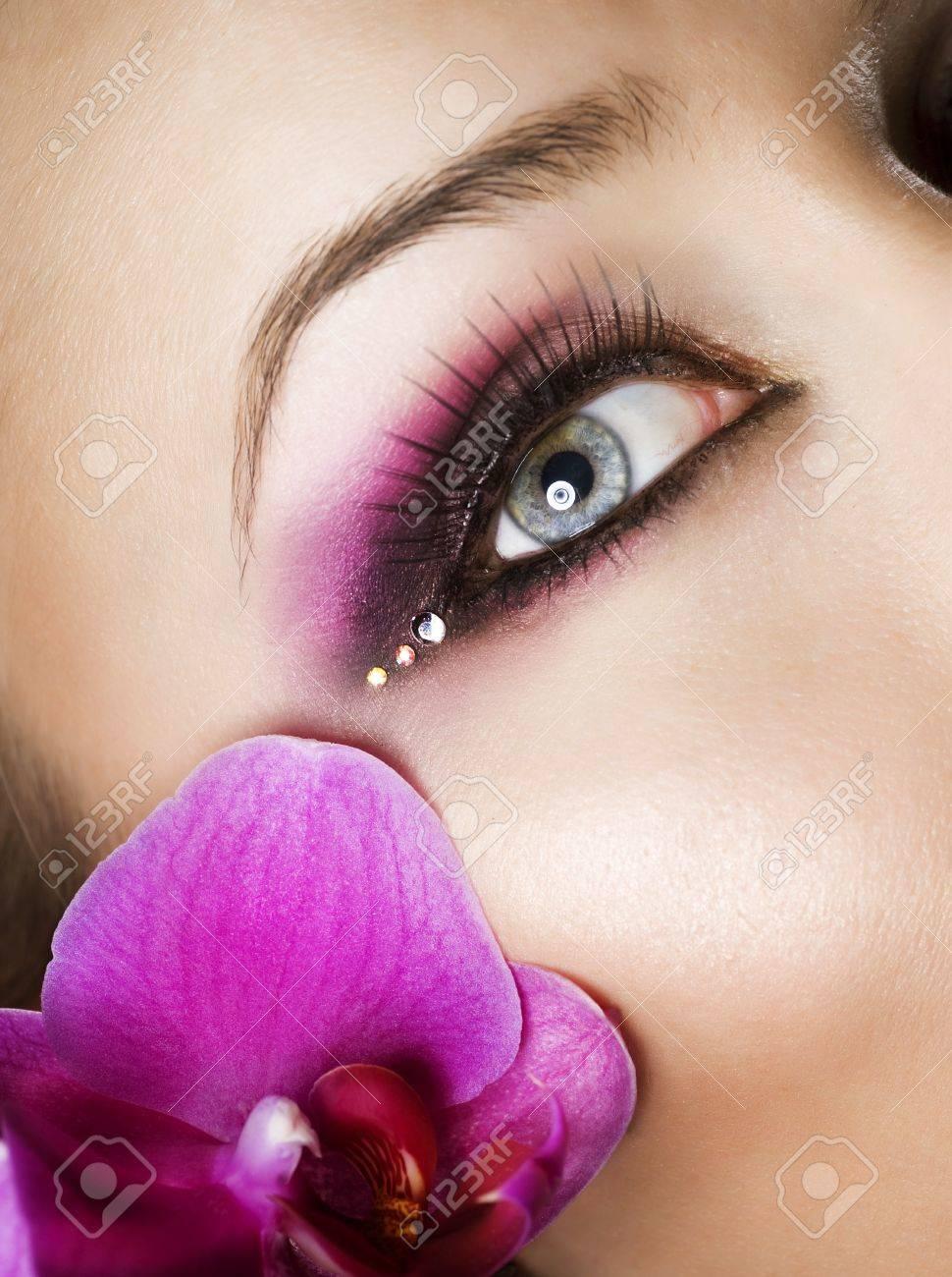 Beautiful Eye Makeup Stock Photo - 9526474