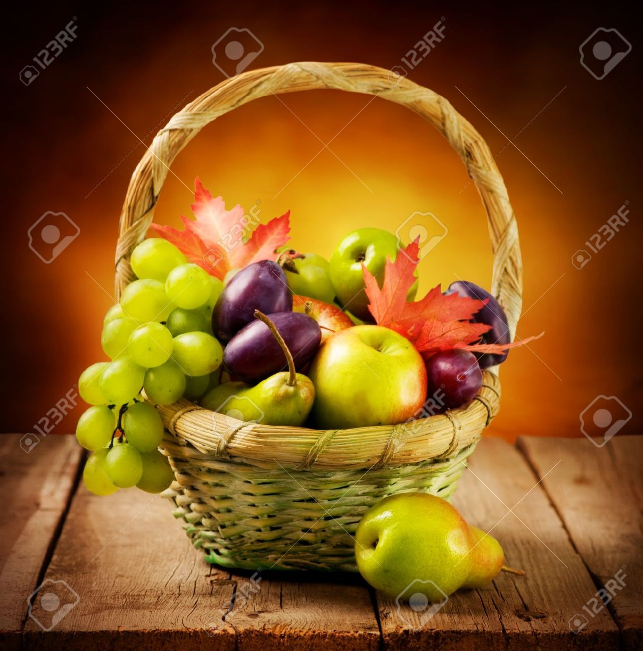 Organic ripe fruits Stock Photo - 10688976