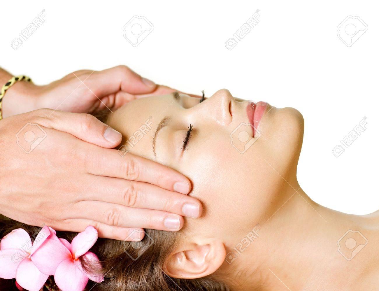 Spa Massage  Beauty Woman Getting Facial Massage  Day-Spa Stock Photo - 13260702