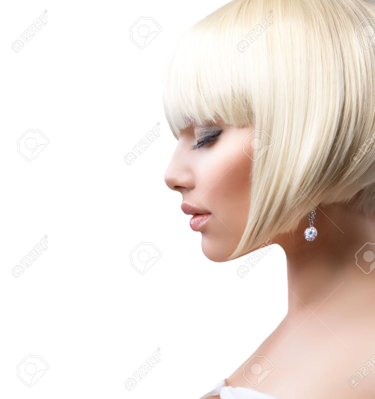 Blond Hair  Beautiful Girl with Healthy Short Hair Stock Photo - 14306244