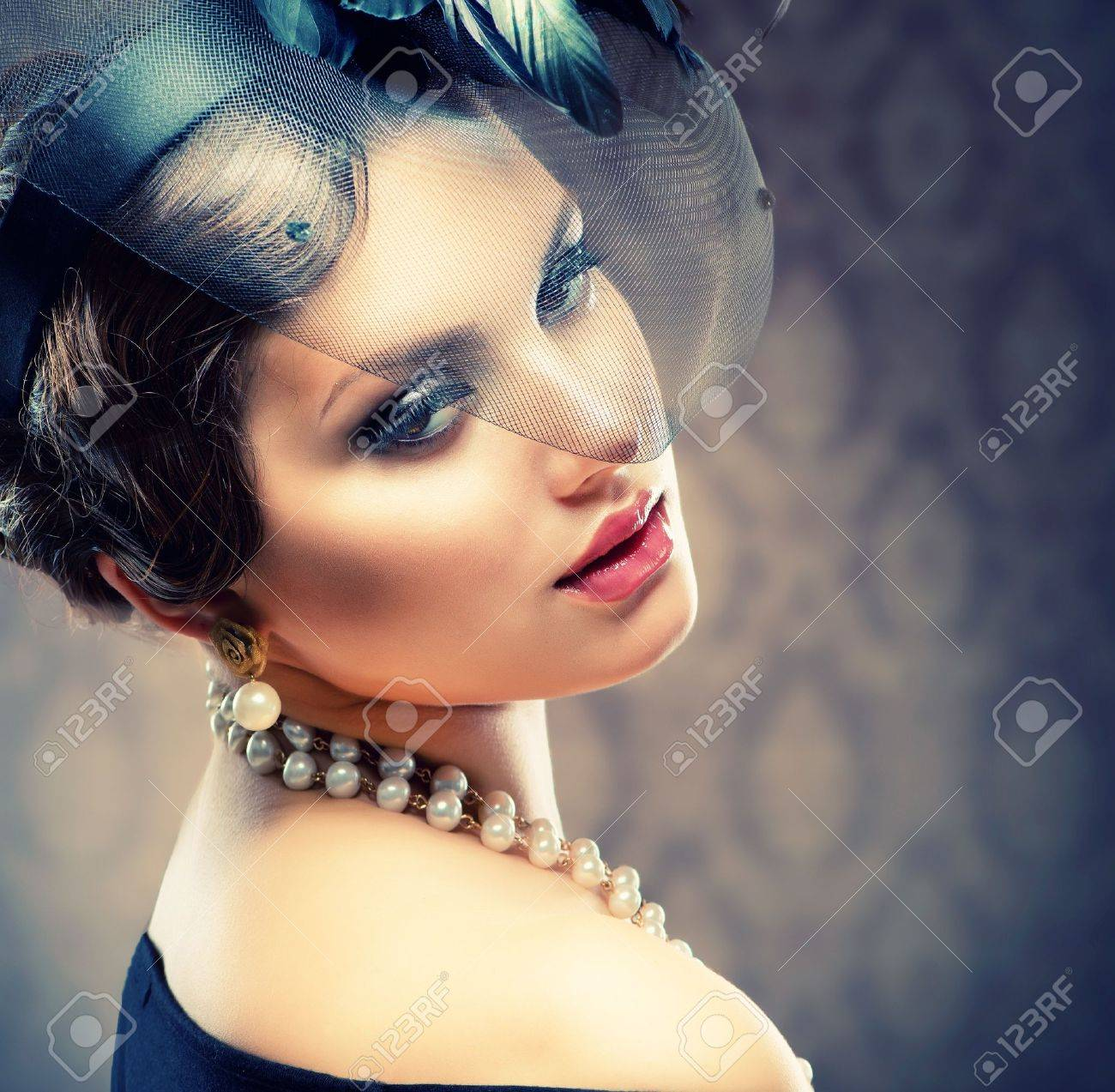 Фото ретро красивой женской 23 фотография