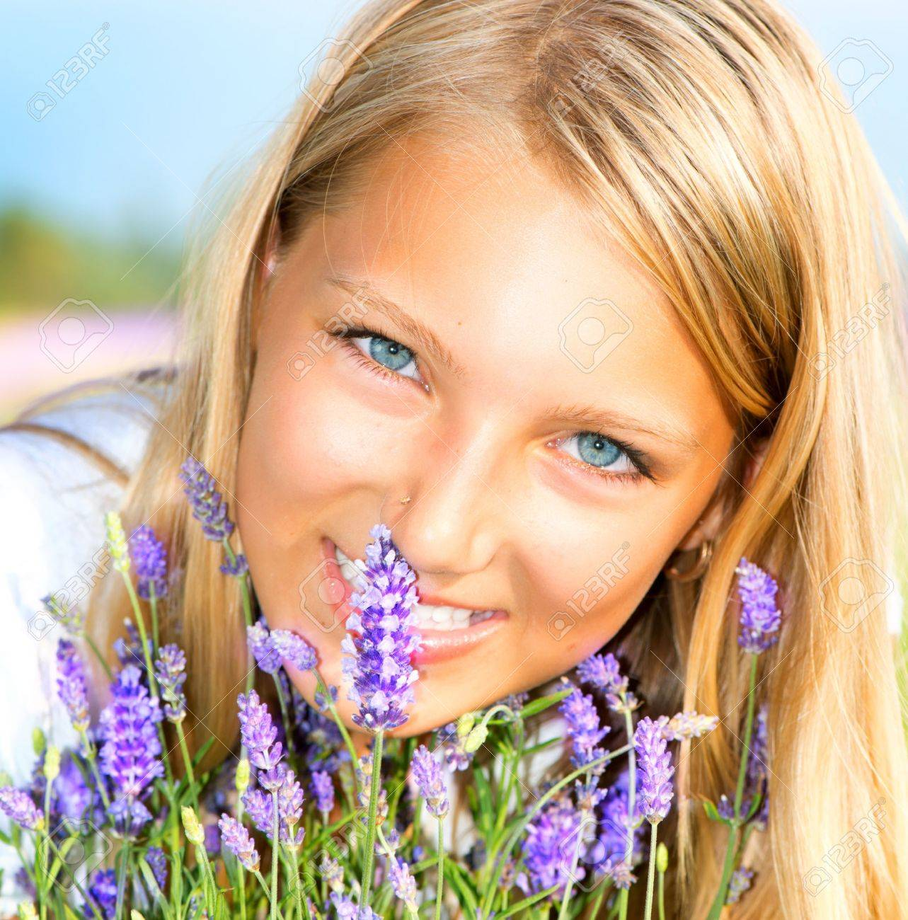 Beautiful Girl With Lavender Stock Photo - 14719028