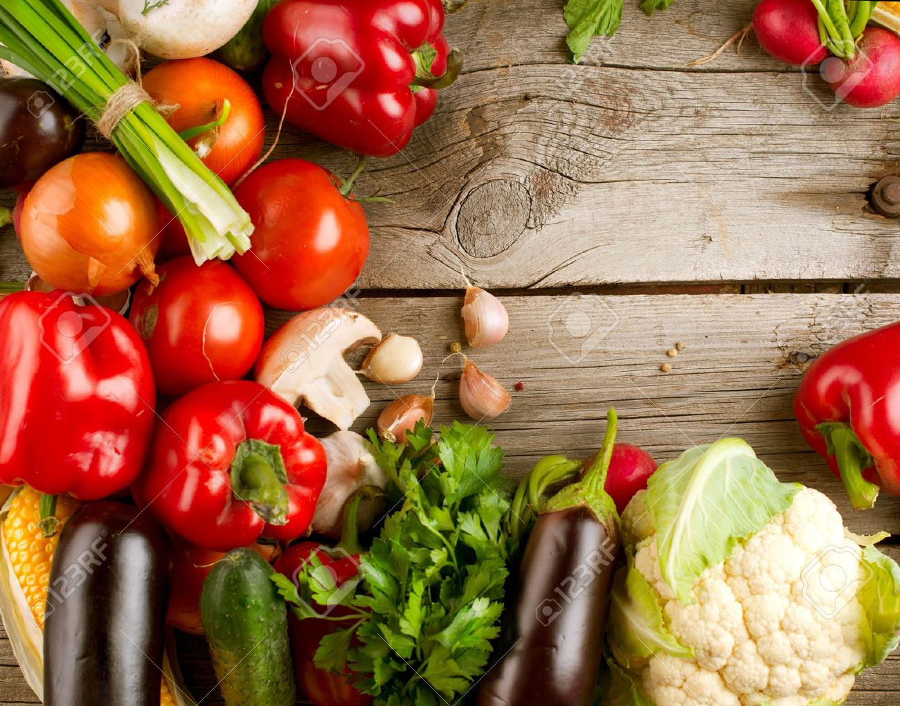 Healthy Organic Vegetables on the Wooden Background Stock Photo - 15622397