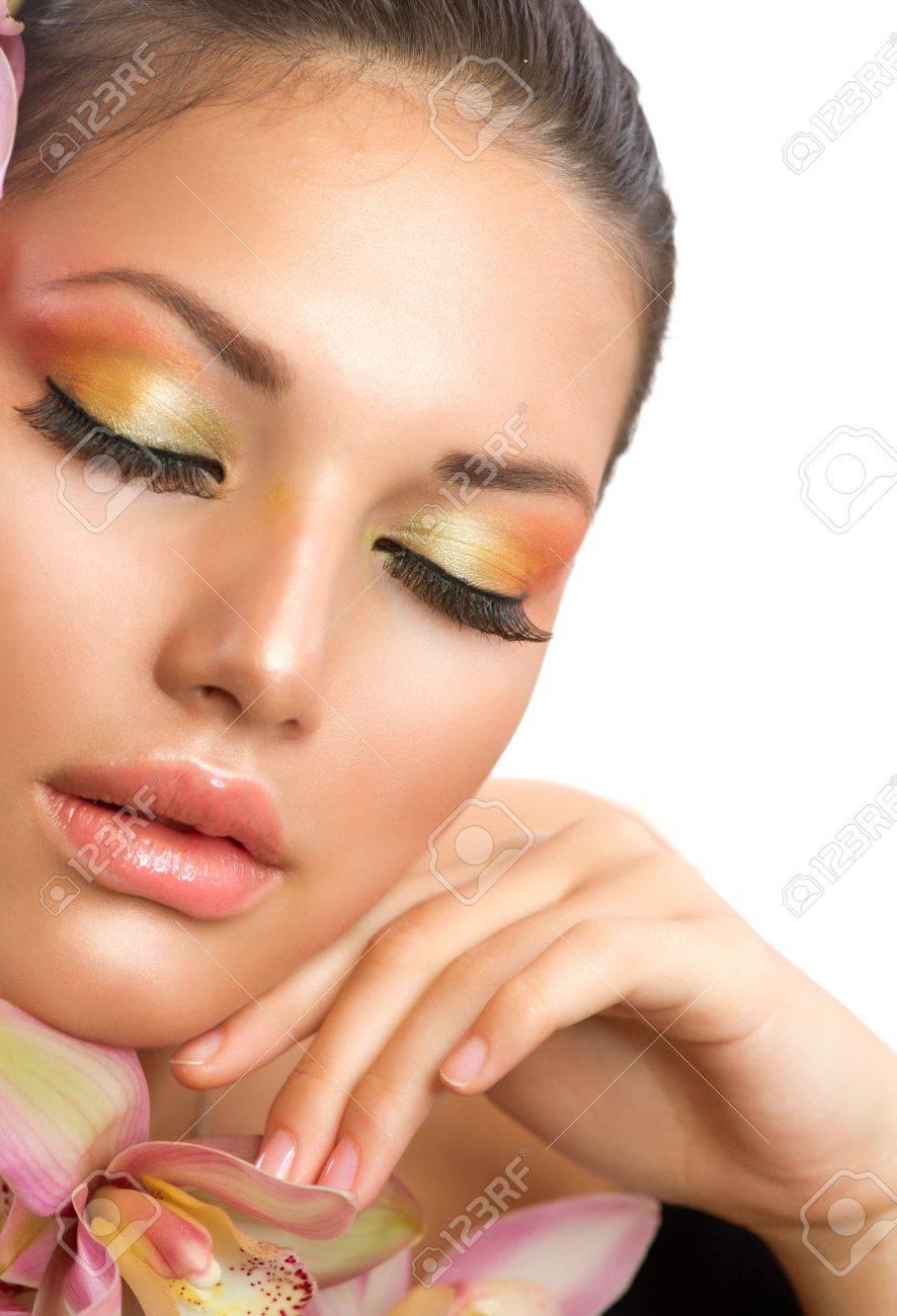 Beautiful Woman Face  Perfect Makeup Stock Photo - 15892342