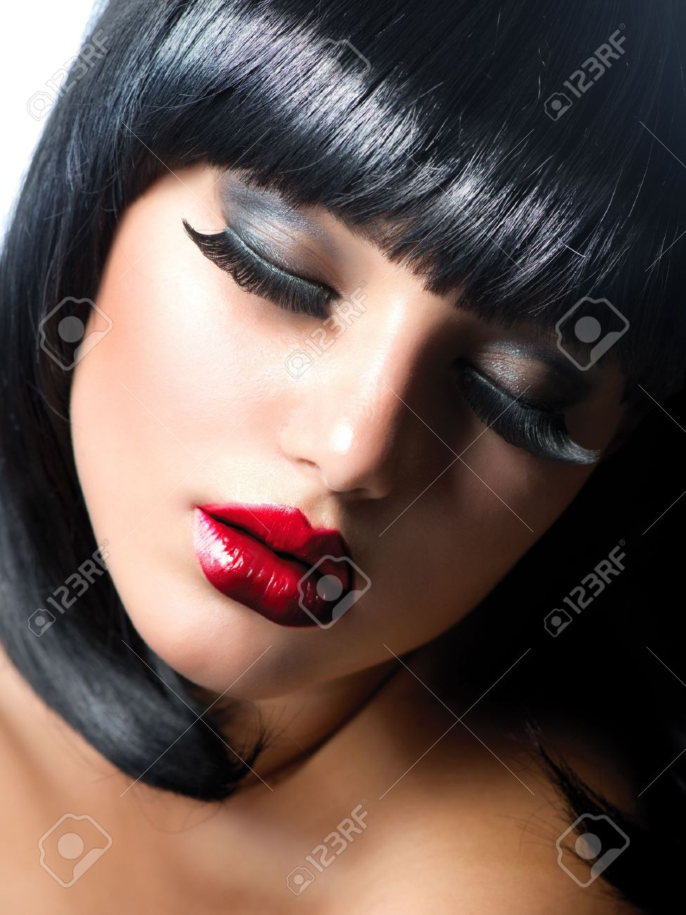 Sexy Woman  Brunette Girl with Extreme Makeup  Vamp Style Stock Photo - 16052332