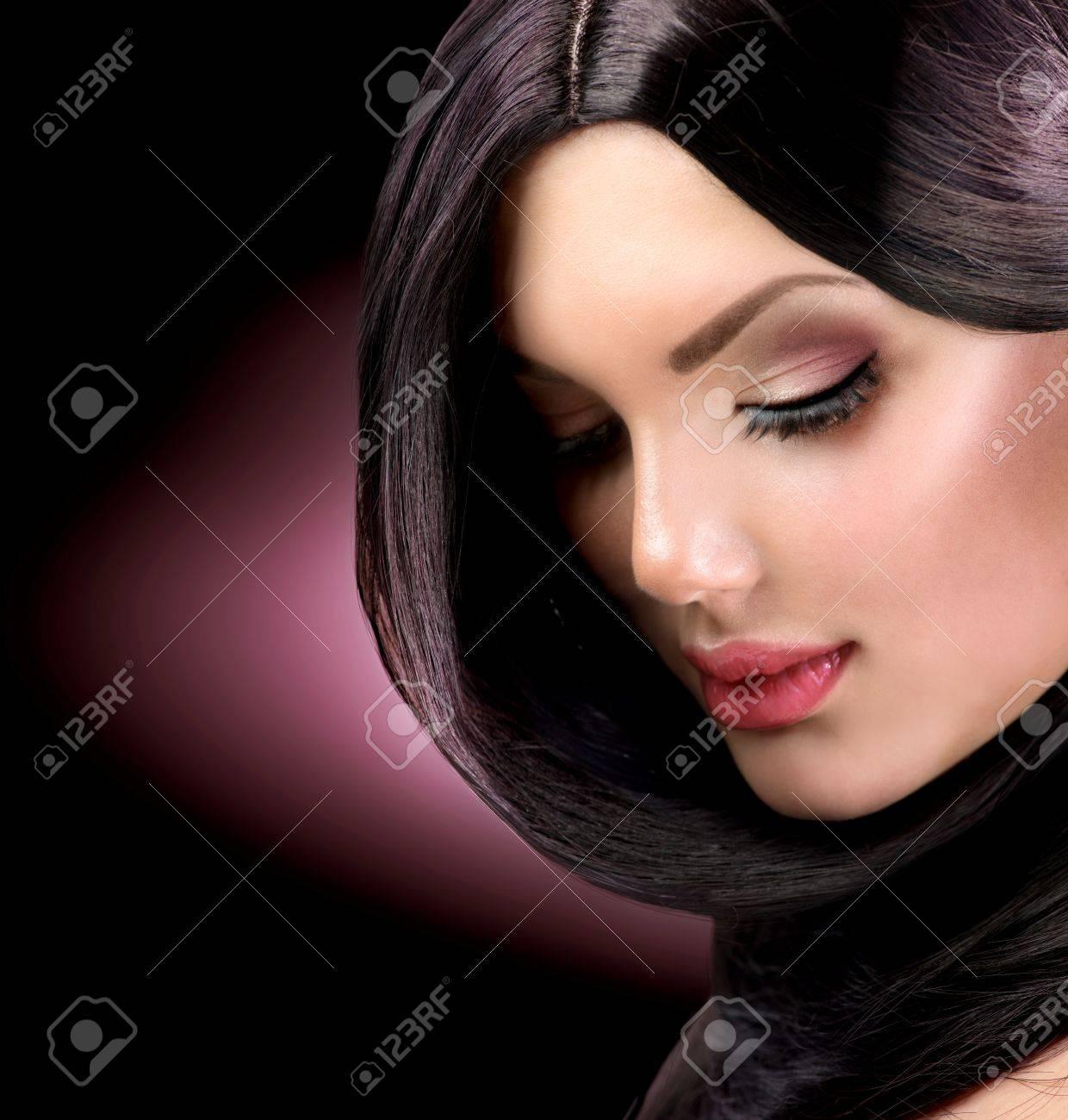 Beautiful Brunette Girl  Healthy Long Hair Stock Photo - 17535819