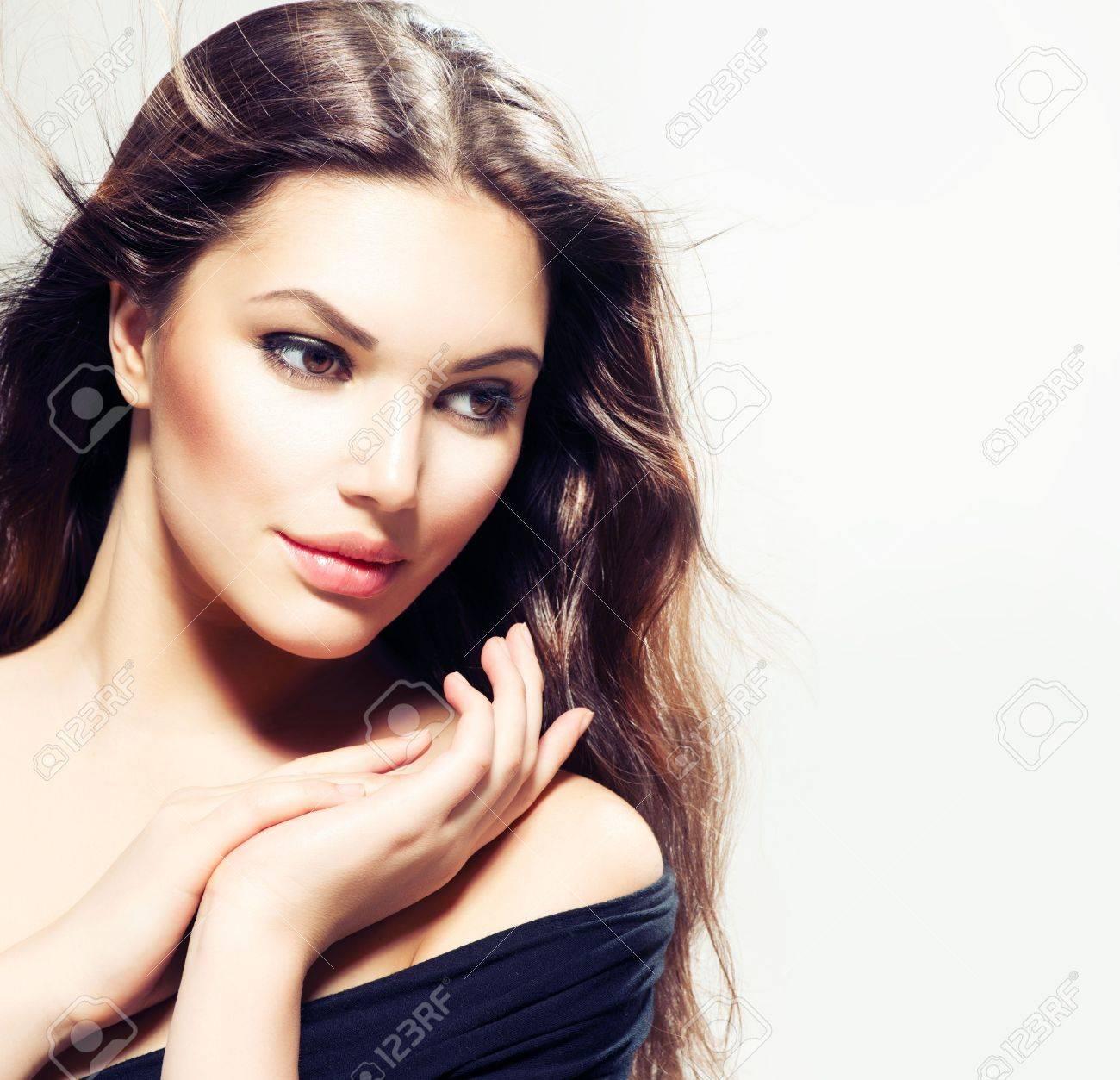 Beauty Woman portrait with long hair  Beautiful Brunette Girl Stock Photo - 18388756