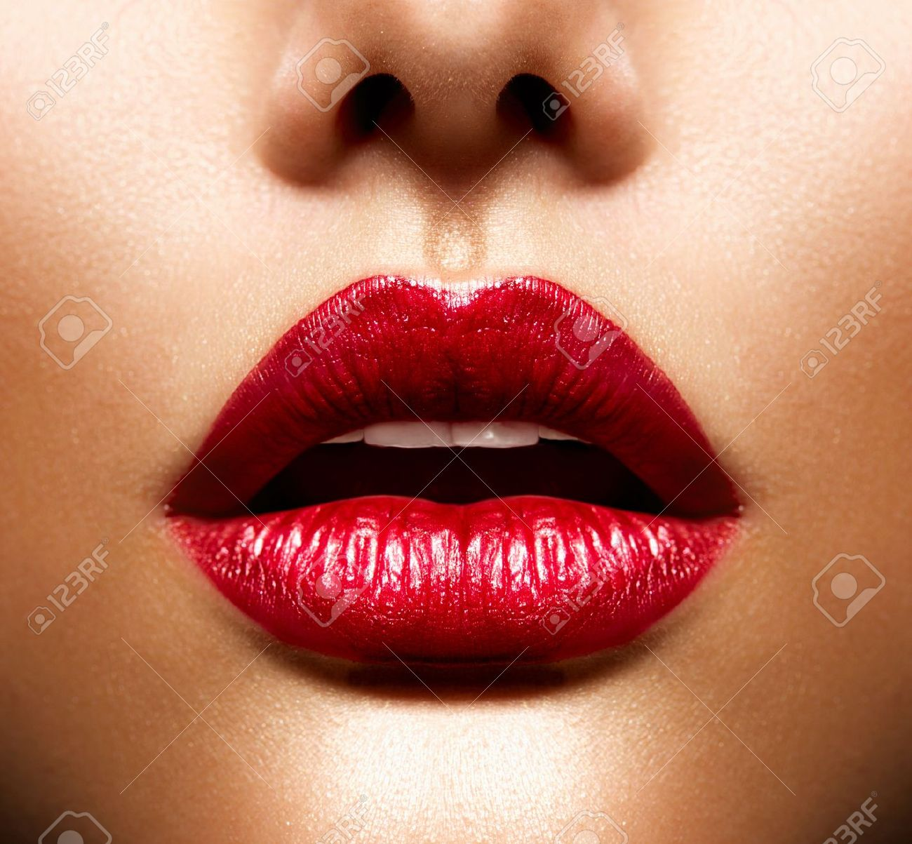 Sexy Lips  Beauty Red Lips Makeup Stock Photo - 19135310