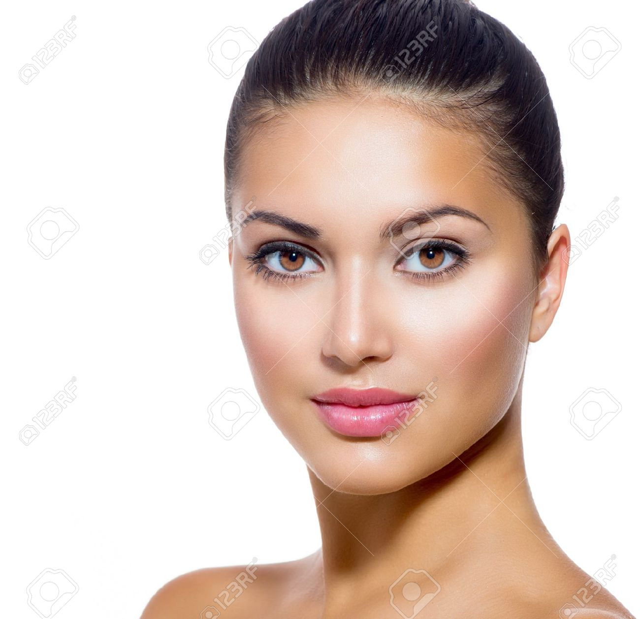 Beautiful Face of Young Woman with Clean Fresh Skin Stock Photo - 21564574