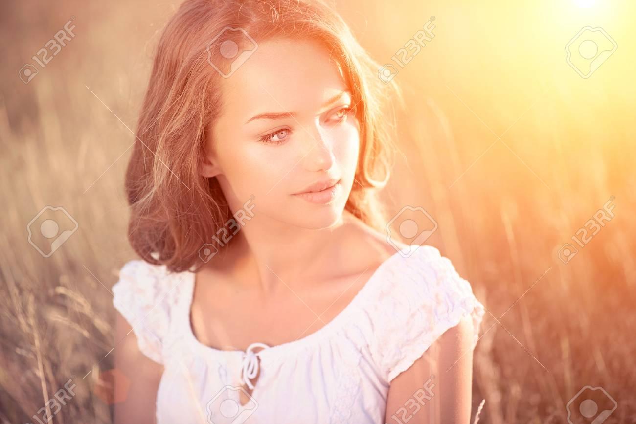 Beauty Romantic Girl Outdoors  Teenage Model Stock Photo - 22848309