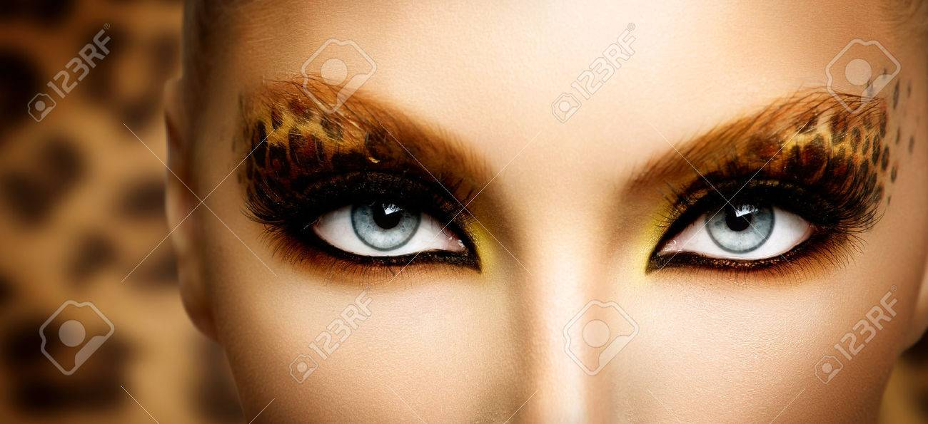 Beauty Fashion Model Girl with Holiday Leopard Makeup Stock Photo - 22848331