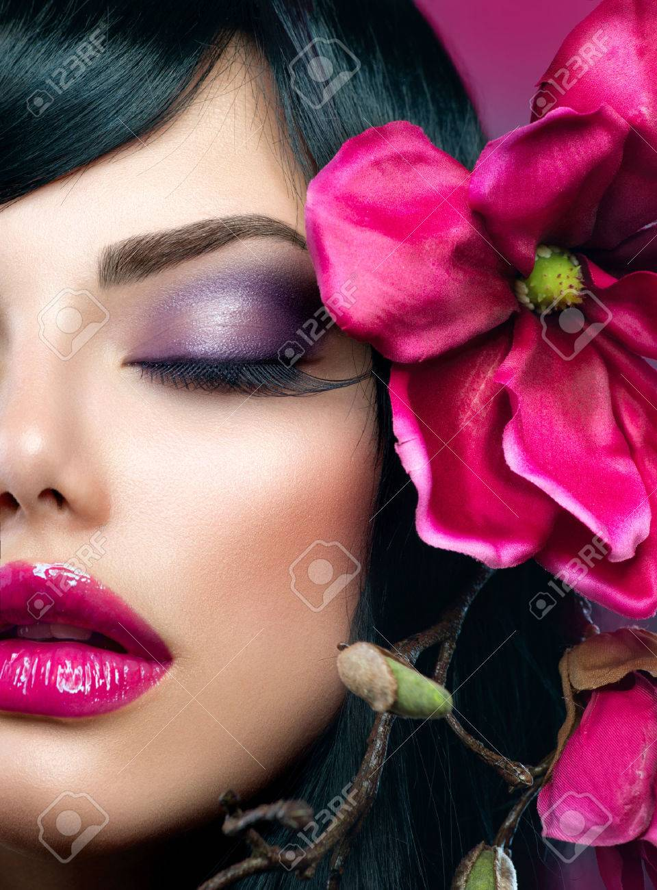 Perfect Holiday Makeup  Beauty Brunette Model Girl Stock Photo - 23735975