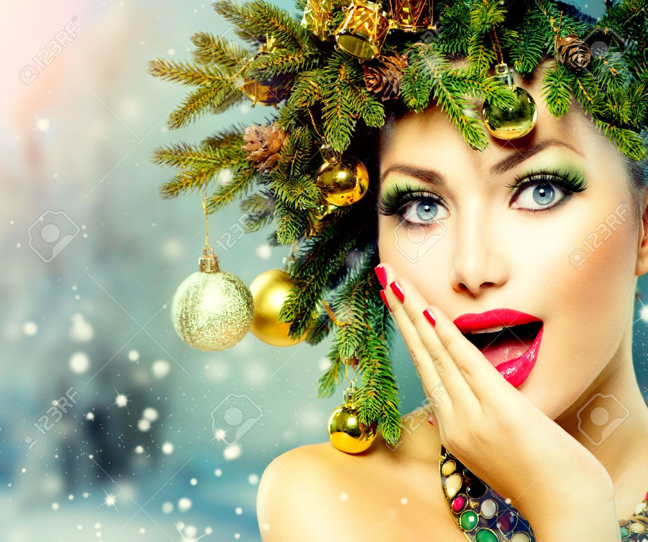 Christmas Woman  Christmas Tree Holiday Hairstyle and Makeup Stock Photo - 24099523