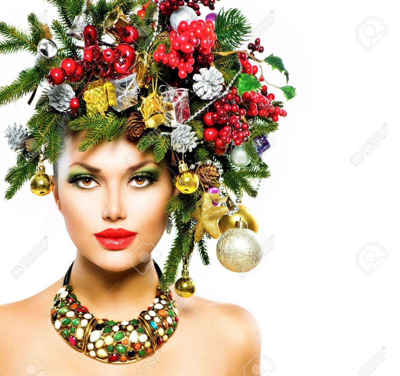 Noel Femme De Vacances De Noel Coiffure Et Maquillage Banque D