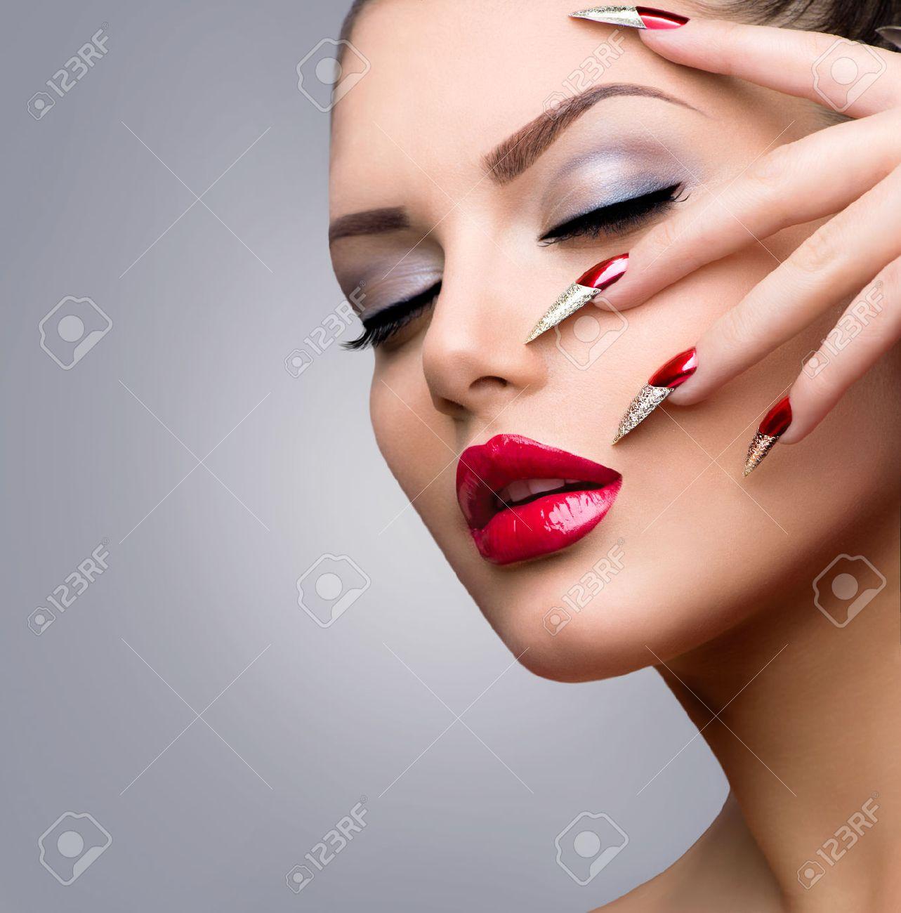 Fashion Beauty Model Girl  Manicure and Make-up Stock Photo - 24166041