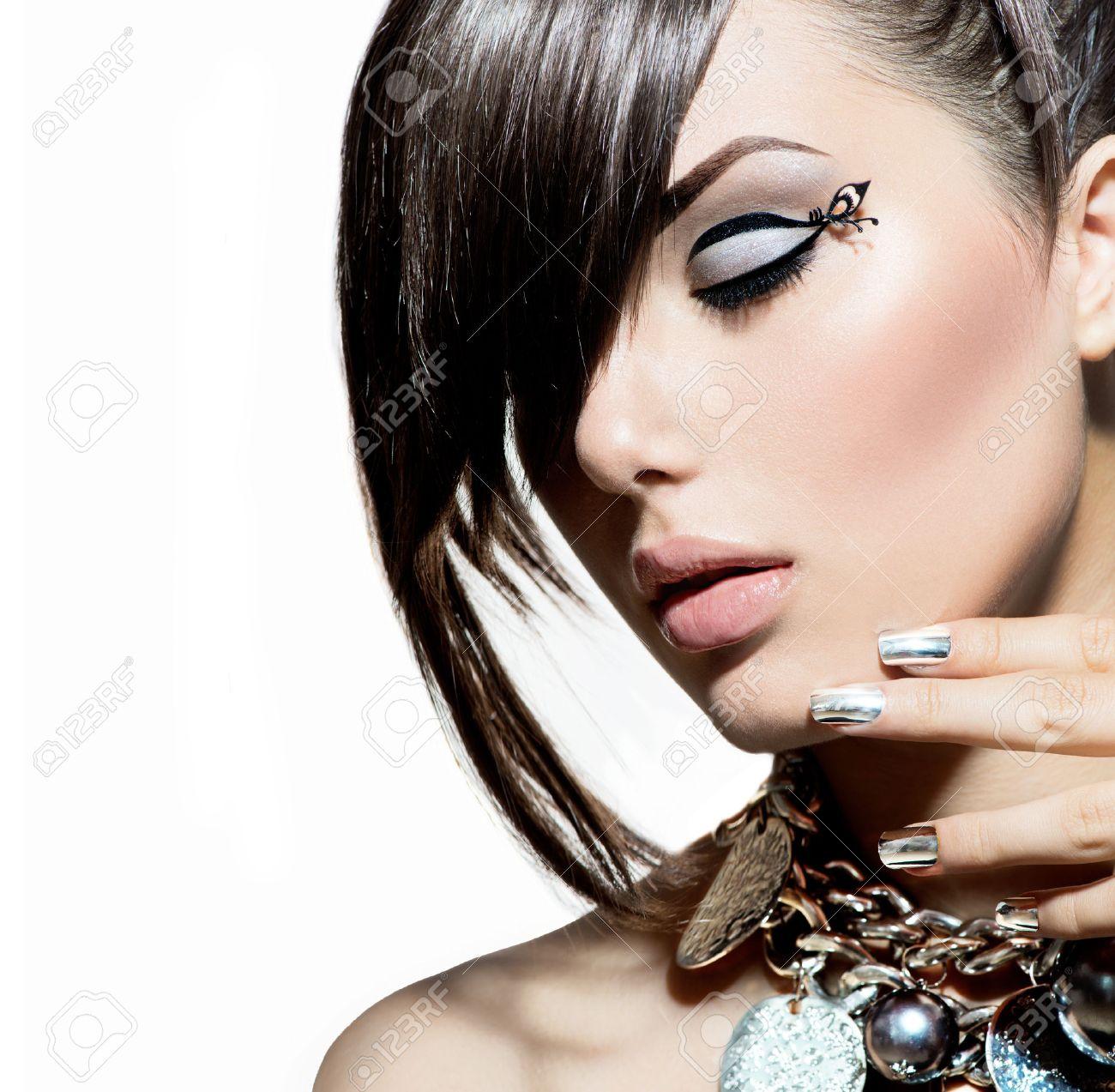 Fashion Model Girl Portrait  Trendy Hair Style Stock Photo - 25215143