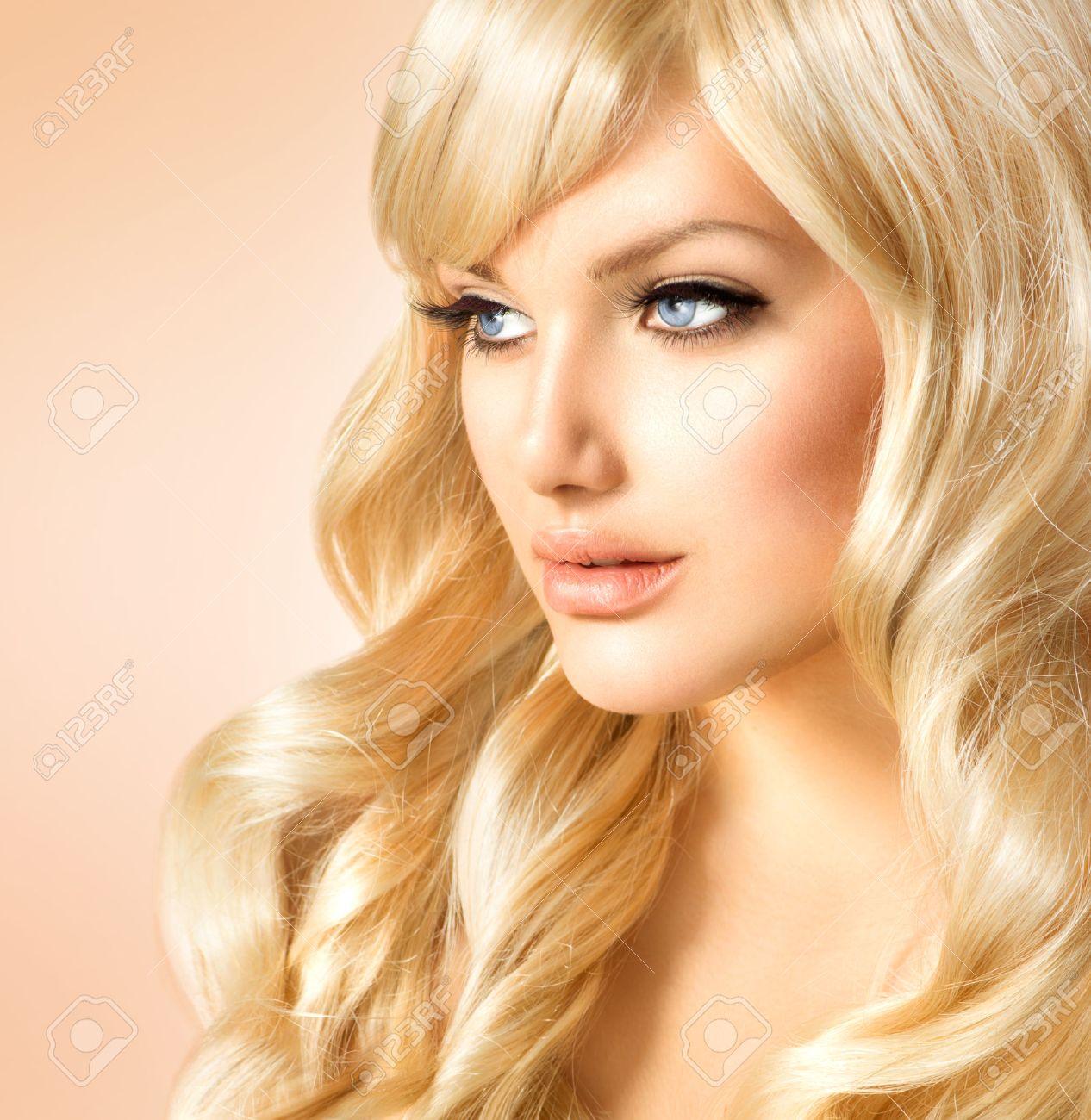 Thicc Weißes Mädchen Blondine