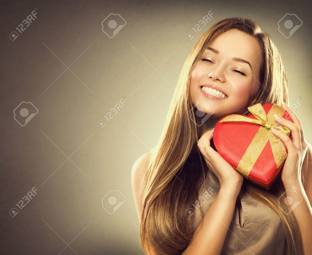 Beauty happy girl with Valentine gift box Stock Photo - 35403240  sc 1 st  123RF.com & Beauty Happy Girl With Valentine Gift Box Stock Photo Picture And ...
