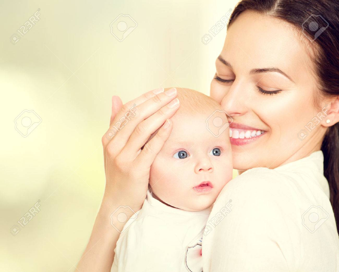 Happy mother and her newborn baby. Maternity concept - 38833536