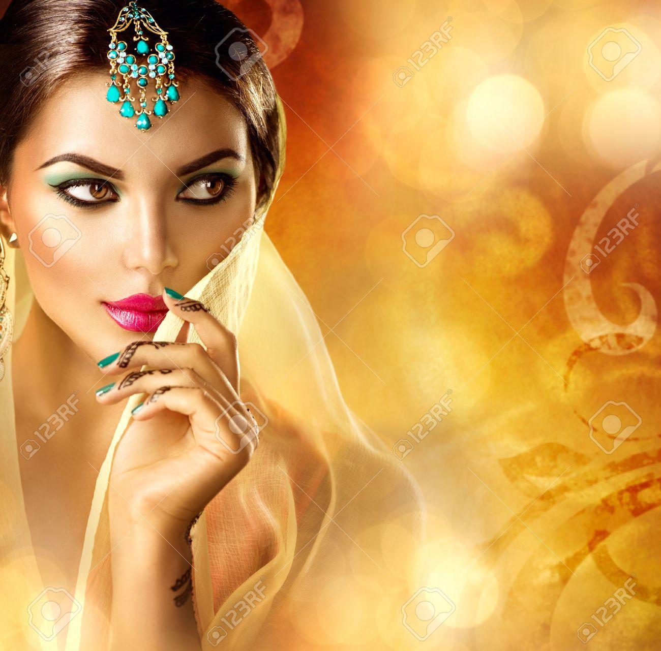 Жаркая арабская девушка