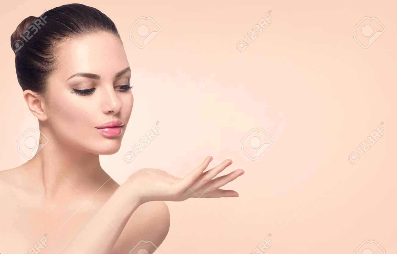 Beauty spa woman with perfect skin Stock Photo - 54104064