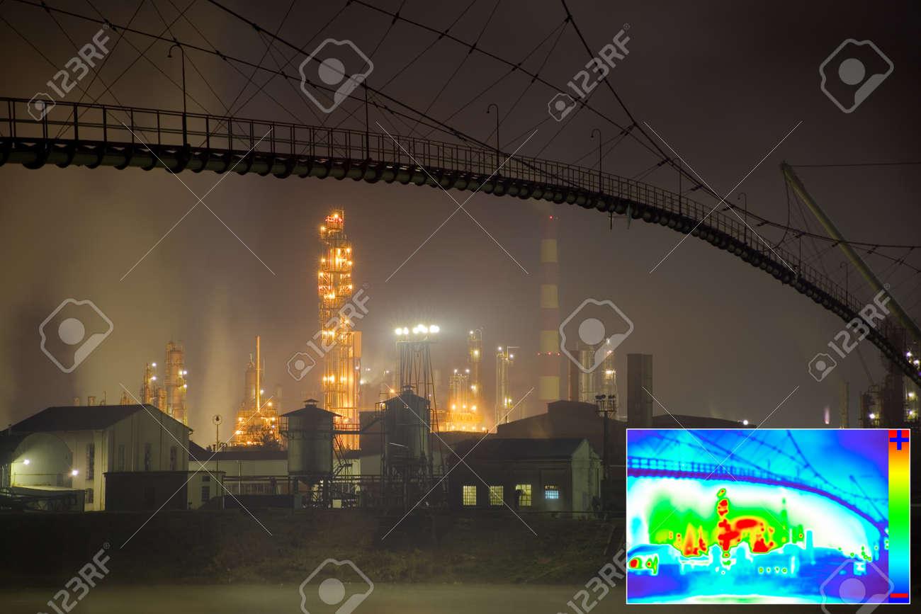 Thermal Image of Heat Loss in Oil Rafinery Standard-Bild - 14062575