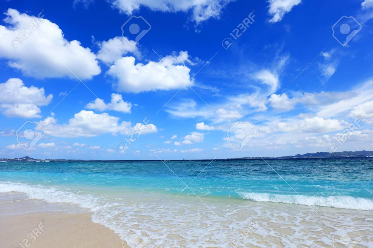 Beautiful beach in Okinawa - 120716733