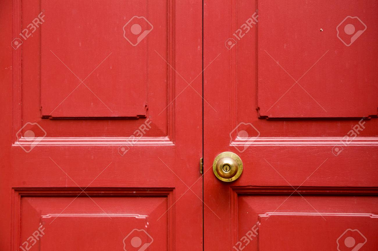 Door Knob Gold Color With Red Door Stock Photo, Picture And Royalty ...