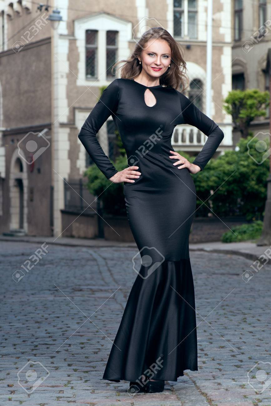 Beautiful Luxurious Woman In Elegant Evening Gown Outdoor Stock ...