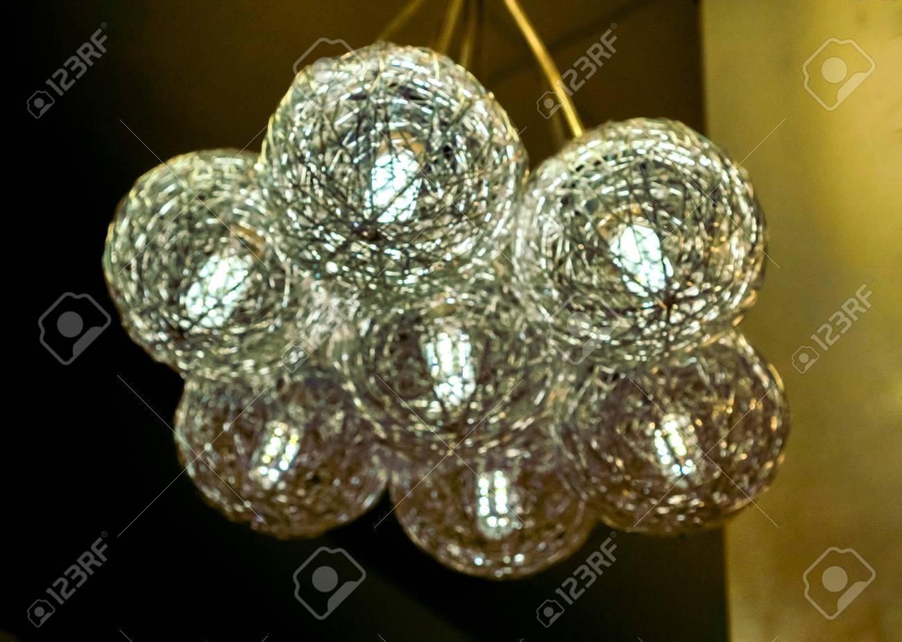 Moderne Lampen 82 : Sauberer kristall weißer moderner kunstluxusleuchter gemacht mit
