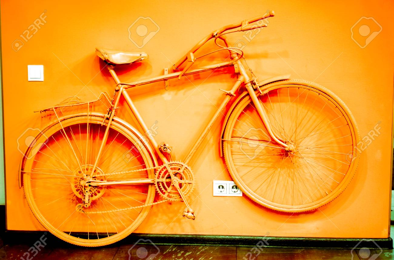 Outstanding Vintage Bicycle Wall Decor Composition - Wall Decoration ...