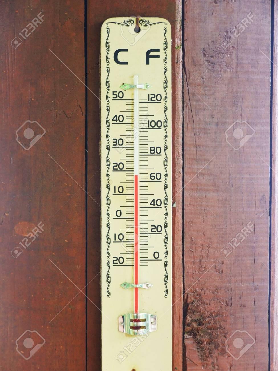 Immagini Stock Termometro Per Il Clima Image 27683462 500 termometro digital de usados en venta en yapo.cl ✅. termometro per il clima