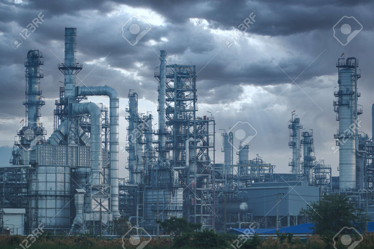 Petrochemical industry on sunset and Twilight sky, Power plant, Energy power station area. - 150173734