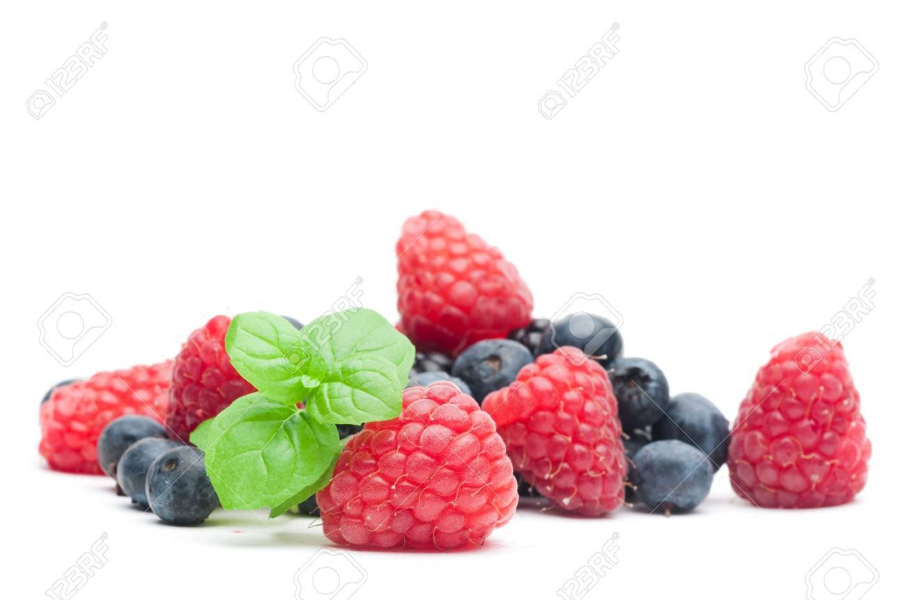 Isolated fresh berries with mint Stock Photo - 6283942
