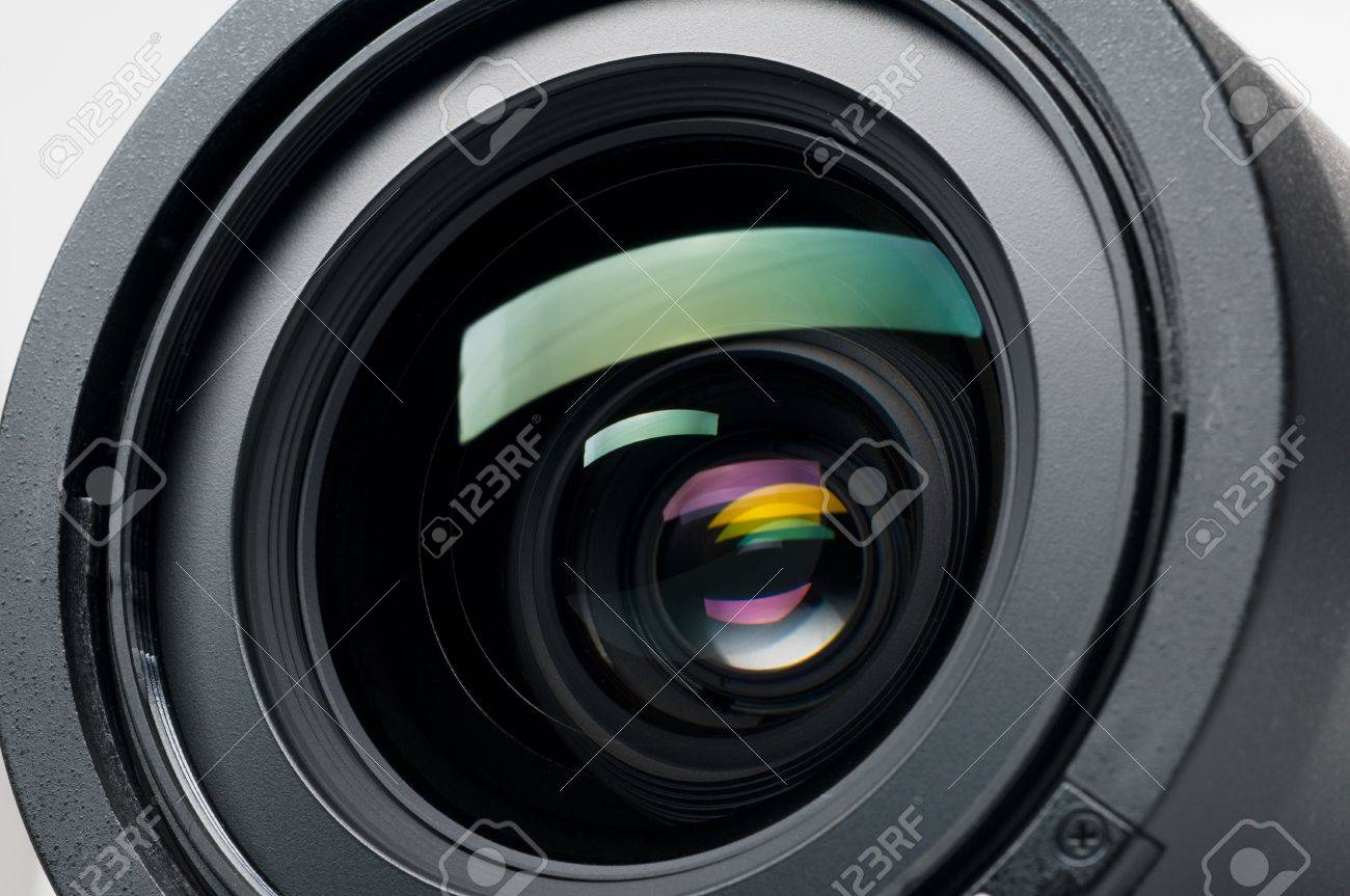 Isolated camera lens Stock Photo - 6393000