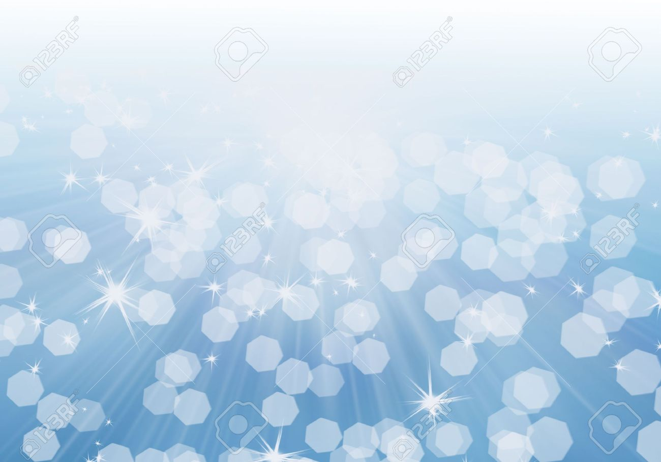 Light background. Shining sun's rays on a light blue sky and the bokeh effect. The concept of carefree happiness, bright big dreams. Stock Photo - 6123845