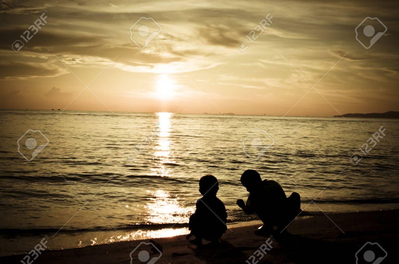 Children playing by the beach at Pattaya Stock Photo - 11418330