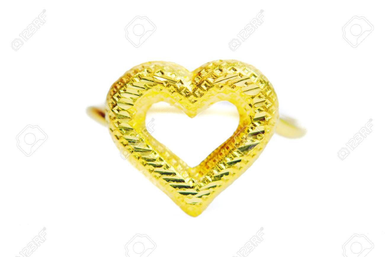 bague or avec pendentif