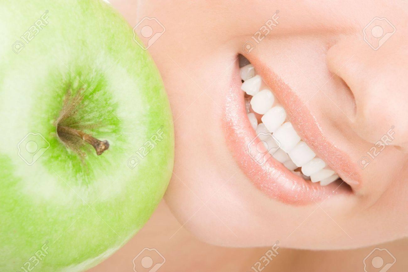 healthy teeth and green apple Stock Photo - 4766629