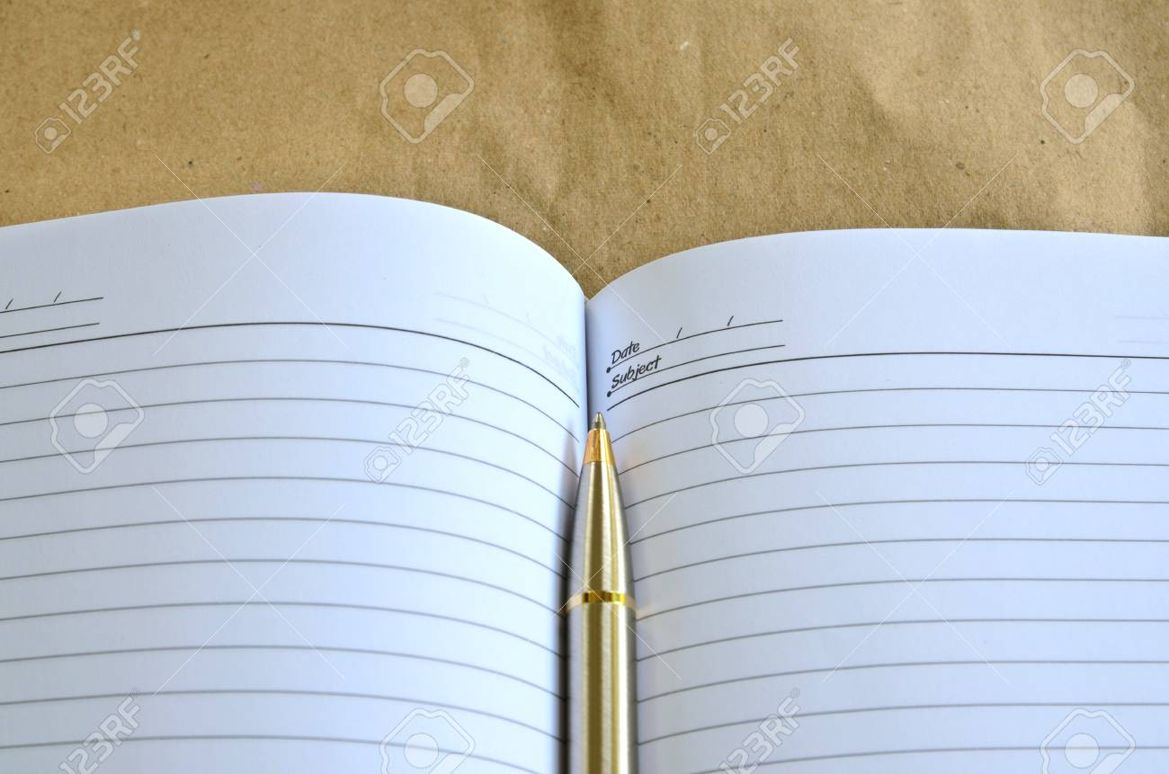 pen lying on a notebook Stock Photo - 21724185