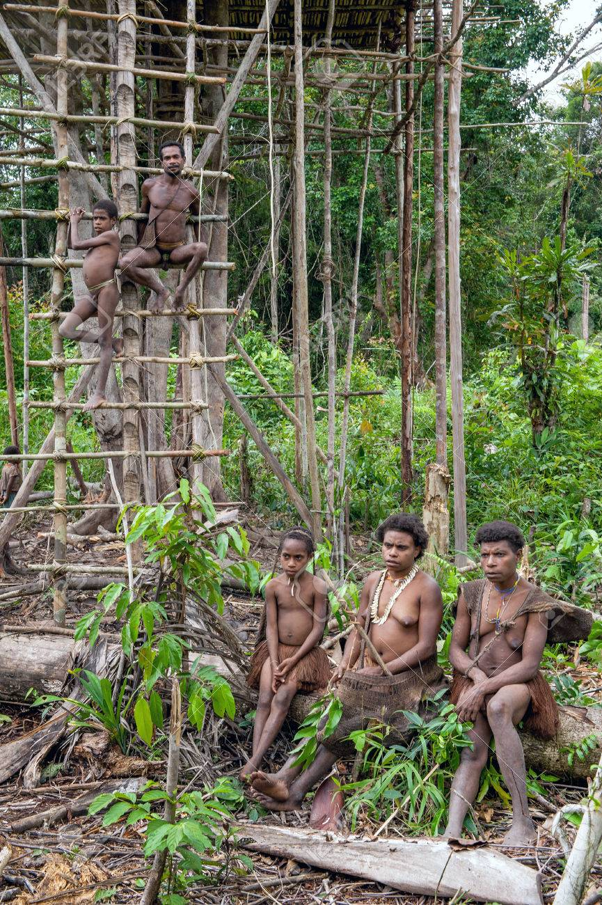 ONNI VILLAGE, NEW GUINEA, INDONESIA - JUNY 24: Korowai tribe