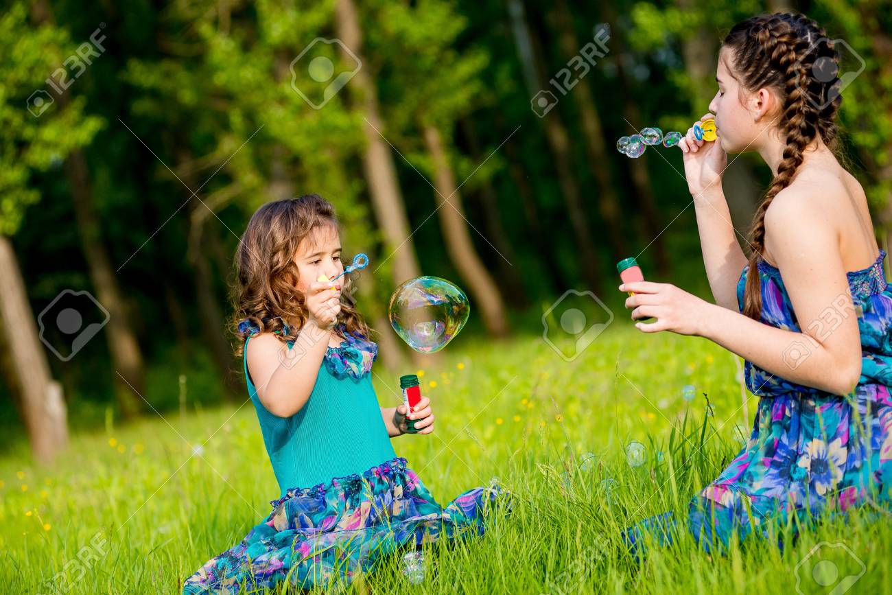 Kleinstmädchen blasen auf Schöne Freundin Blowjob