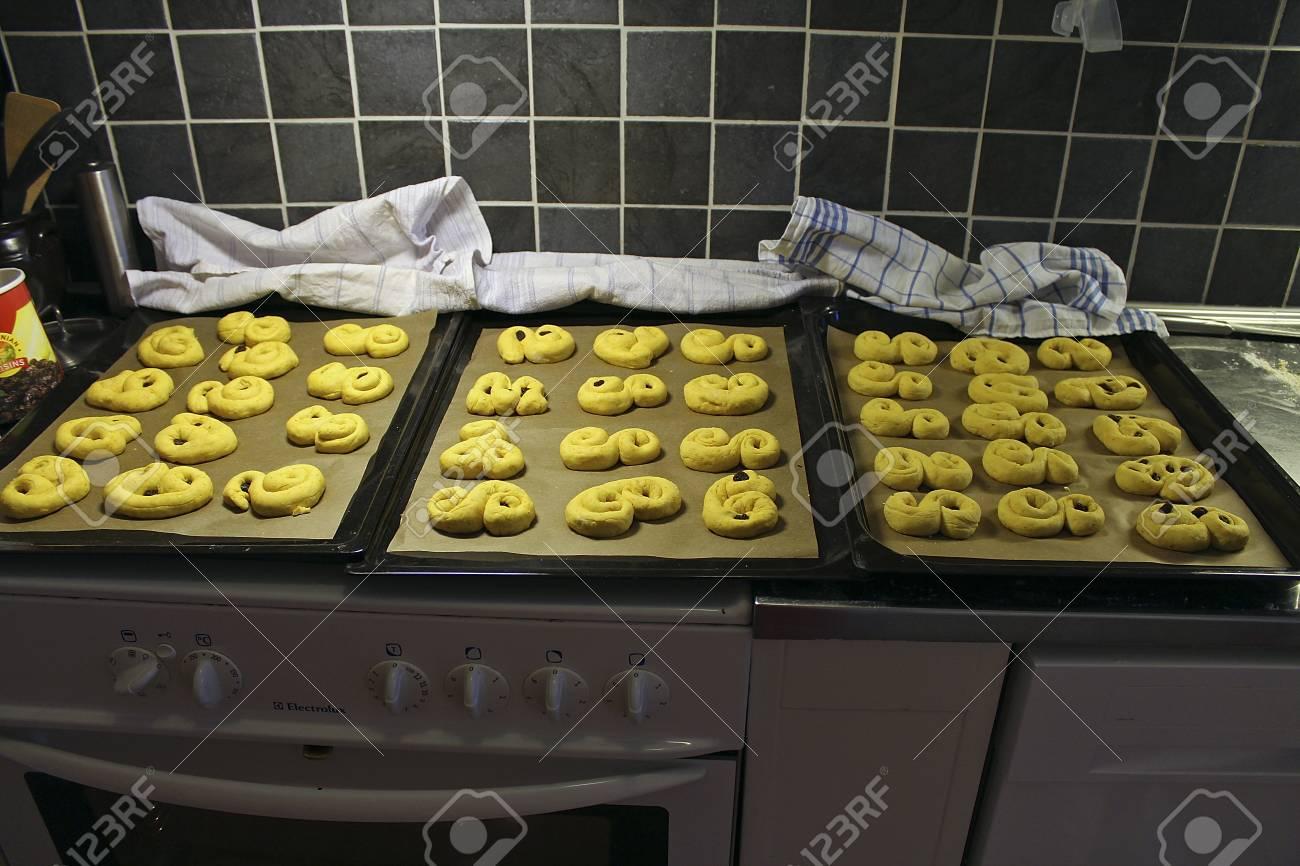 unbaked saffron buns Stock Photo - 24265911