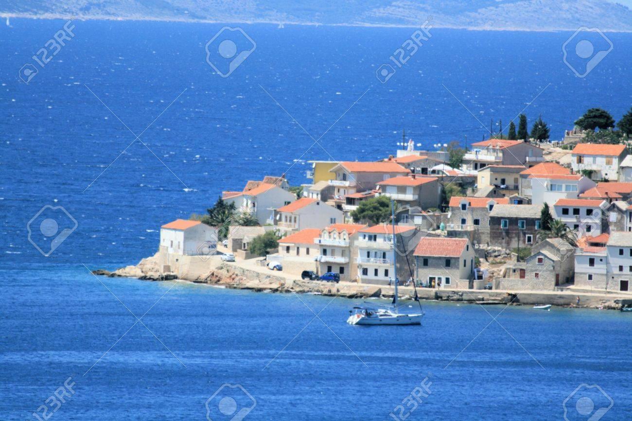 プリモシュテン, クロアチア の写真素材・画像素材 Image 27936025.