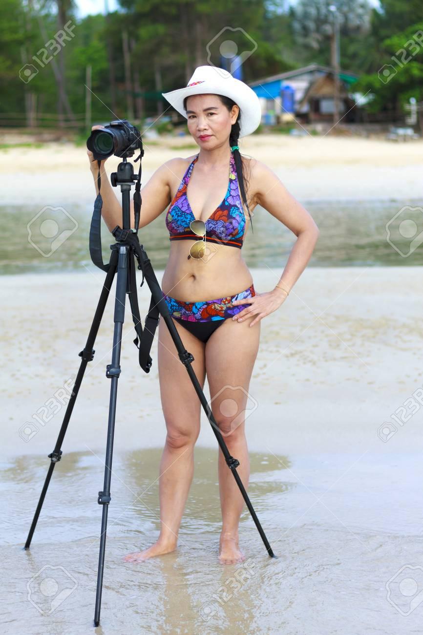 Du Caméra Symbole Corps Femmes Wua Sexy Les Sur Thung Avec Bikini 4qwI0B7
