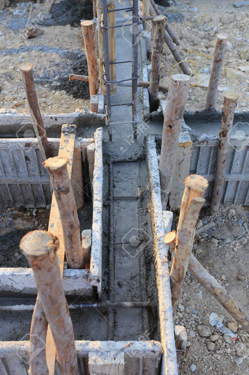 foto de archivo casa de construccin estructura metlica de refuerzo para el hormign vertido
