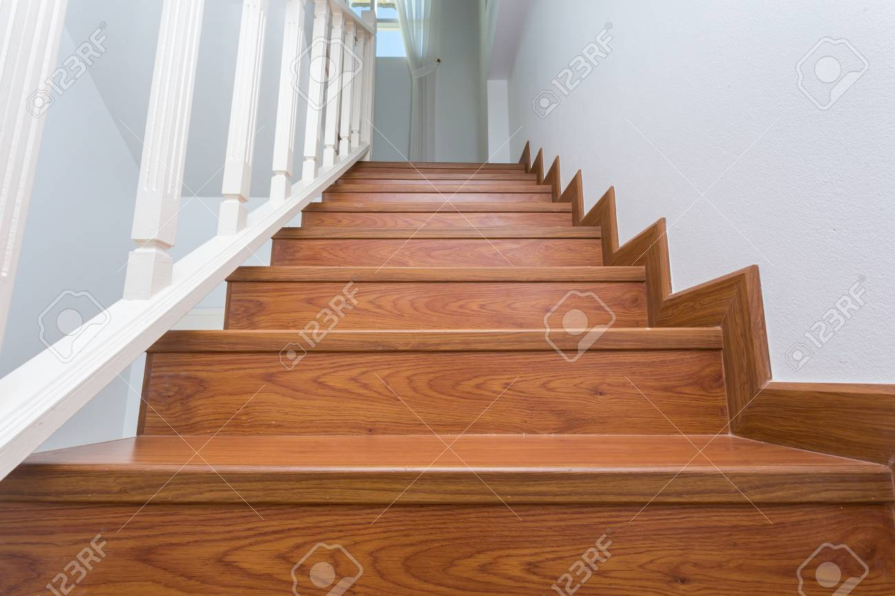 Ordinaire Stock Photo   Wooden Staircase Made From Laminate Wood In White Modern House