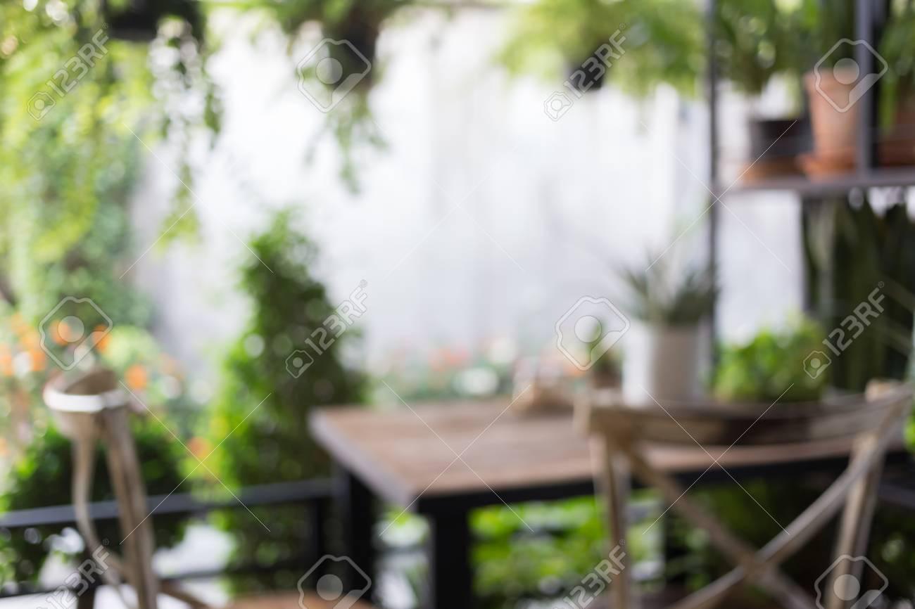 Abstrakte Unschärfe Bild, Dekoration Wohnzimmer Interieur Stil Grün Öko  Umwelt Mit Pflanze Nad Baum Standard