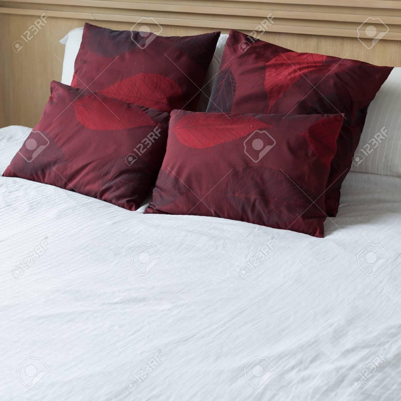 Schlafzimmer Innenarchitektur Modernen Stil Mit Weißen Matratze Und ...